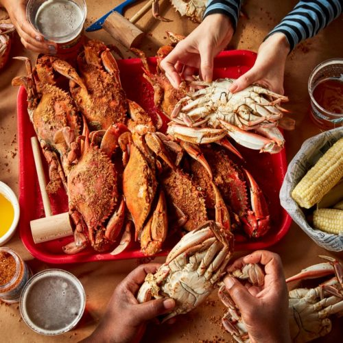 How to pick a crab in Baltimore, Maryland.